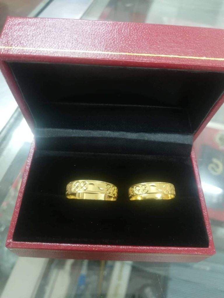 Affordable wedding rings 2020