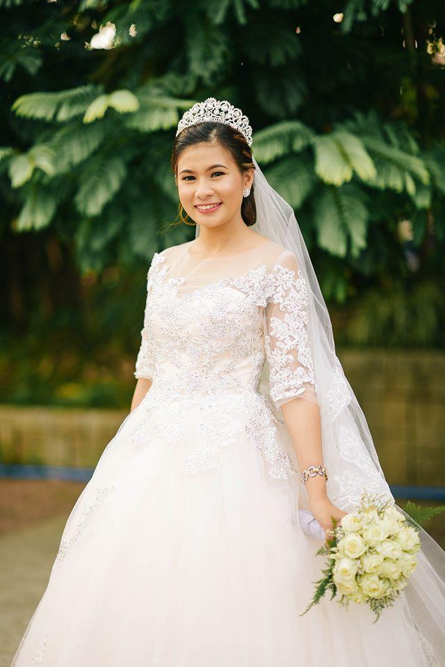wedding gowns online
