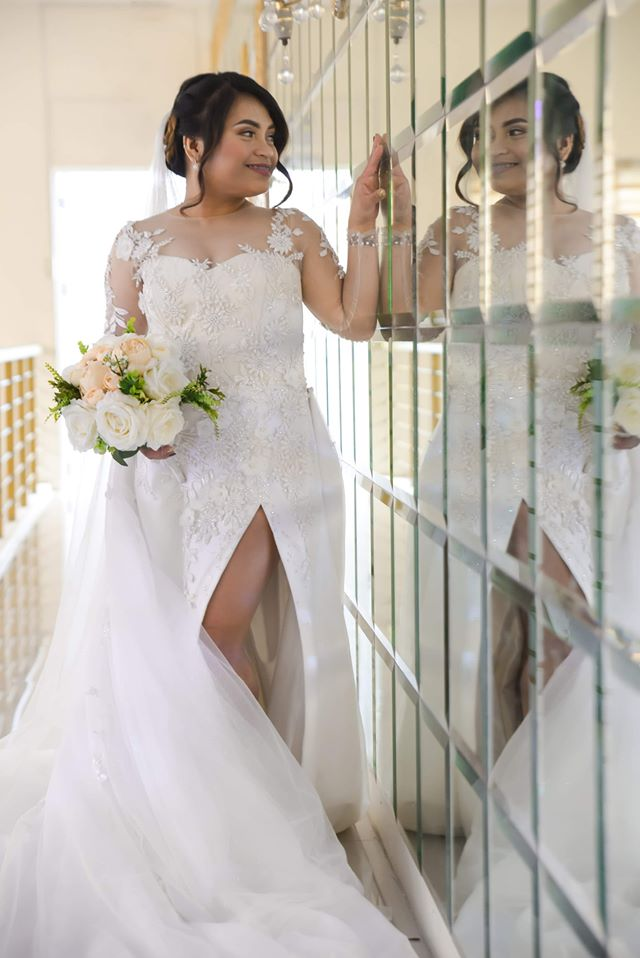 wedding gown with detachable train